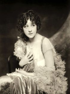 Actress, singer, and Ziegfield Follies dancer Fanny Brice, date unknown