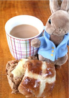 Easter hot cross buns - fructose free