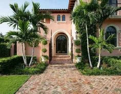 The Glam Pad: The Pink Homes of Palm Beach
