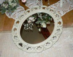 Vtg-Chippy-SYROCO-Carved-Wood-Framed-Vanity-Tabletop-Oval-Mirror-USA-Free-Ship