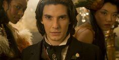 """""""Das Bildnis des Dorian Gray"""" - Kino-Film - Oliver Parker verfilmte Oscar Wildes berühmten Roman um moralischen Verfall mit Ben Barnes als jungem und schönem Dorian Gray."""
