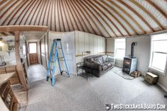 Yurt Interior, Interior Stairs, Bungalow, Yurt Home, Yurt Living, Caravan Makeover, Shelter Design, Homestead Living, Cabin Interiors