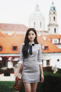 milkcocoa Tweed Dress, Female Portrait, Beautiful Asian Girls, Asian Fashion, Asian Beauty, Cute Girls, Lady, Womens Fashion, Model