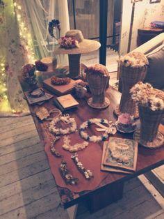 Weddding Fashion Night; Moncollierbcn diseño y tendencia en sus  exclusivos tocados y joyas