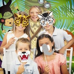 Jungle Animals Photo Booth Kit, Multicolor