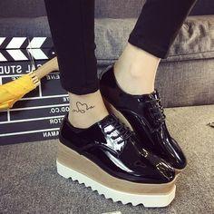 Las mujeres de cuero japanned zapatos de plataforma de encaje hasta talle brogue zapatos creepers mujer diseñador de la marca de oro/plata/negro mate zapatos