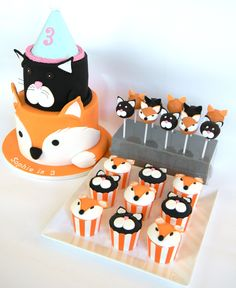 Just call me Martha: Almost half way through the year already, some cakes done thus far Birthday Cake Fondant, Fondant Cakes, Cupcake Cakes, Cat Cupcakes, Fancy Cakes, Cute Cakes, Fox Cake, Fox Party, Woodland Cake