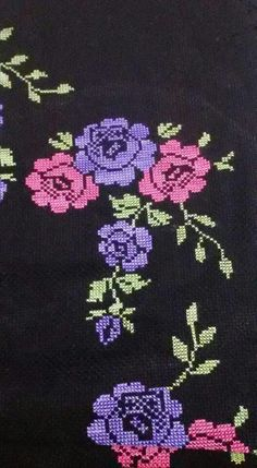 This Pin was discovered by Hül Cross Stitch Pillow, Cross Stitch Rose, Cross Stitch Flowers, Cross Stitch Embroidery, Hand Embroidery, Cross Stitch Patterns, Embroidery Designs, Free To Use Images, Bargello