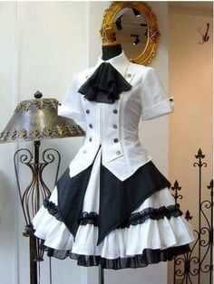 I like the top: Modern Victorian era steampunk clothing maid costume. Pretty Dresses, Beautiful Dresses, Mode Outfits, Fashion Outfits, Mode Lolita, Steampunk Couture, Costura Steampunk, Mode Costume, Kawaii Clothes