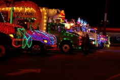 Lenses and Wheels: Christmas Light Truck Parade / Trucks are lined up ready for the convoy.
