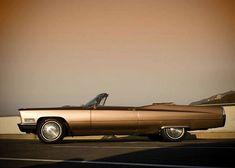 1967 Cadillac Coupe DeVille Convertible