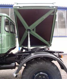 77' Unimog 416 DoKa... West Excavation has this same thing ,)