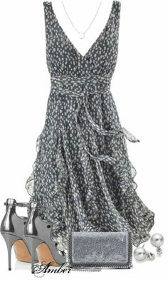 casual outfits for stay at home mom best outfits - Page 56 of 100 - What to Wear Ideas Mode Outfits, Dress Outfits, Casual Outfits, Dress Up, Fashion Outfits, Gray Dress, Swing Dress, Dress Fashion, Dress Shoes