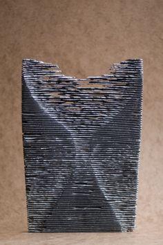 Beeldhouwwerken van Leen Kessels, Utrecht Inspiring Pictures, Arts Ed, Wooden Art, Utrecht, Stone Carving, Wood Sculpture, Sculpting, Abstract Art, Projects To Try