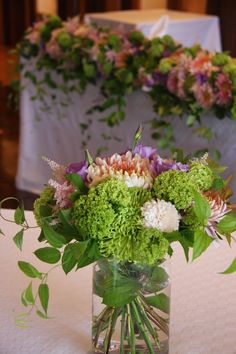 bouquet with glass vase in Japanese style:  chrysanthemum,eustoma