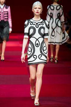Dolce & Gabbana весна-лето 2015 - модный показ
