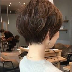 Hair Beauty - haircut,shorthair-Are you looking for your next hair cut look? View the link below to get Hottest Short Haircuts for Beautiful Women! Pixie Haircut For Thick Hair, Short Hairstyles For Thick Hair, Short Hair With Layers, Short Hair Cuts For Women, Short Hair Styles, Modern Bob Hairstyles, Choppy Bob Hairstyles, Indian Hairstyles, Bob Haircuts For Women