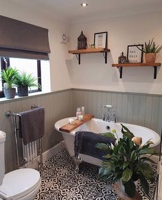 house bathroom cool 41 Affordable Bathtub Design Ideas For Classy Bathroom Bad Inspiration, Bathroom Inspiration, Cool Bathroom Ideas, Bathtub Ideas, Bathroom Inspo, Bathroom Colors, Sweet Home, Bathroom Interior, Rental Bathroom