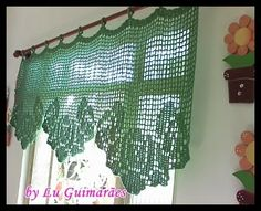 Today we are going to start a series of curtain posts .- Hoje vamos dar início a uma série de postagens sobre cortinas em Crochê: … Today we are going to start a series of posts about curtains in Crochet: … - Fancy Curtains, Crochet Curtains, Cafe Curtains, Crochet Doilies, Drapes Curtains, Brown Kitchen Curtains, Cortinas Country, Lace Valances, Valance Patterns