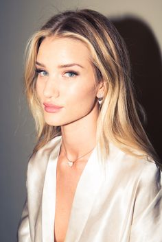 Rosie Huntington-Whiteley Perfect natural makeup style