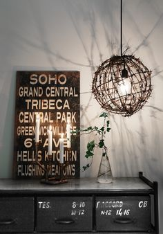 Hemmafixbloggen | Oj, vilken cool lampa –gjord av gammal rostig taggtråd.