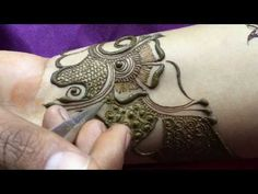 Attractive Henna Mehndi Design for Hand Henna Designs Wrist, Full Hand Mehndi Designs, Arabic Henna Designs, Stylish Mehndi Designs, Latest Mehndi Designs, Bridal Mehndi Designs, Henna Tattoo Designs, Arabic Design, Mehndi Tattoo