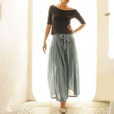 pants/ skirt