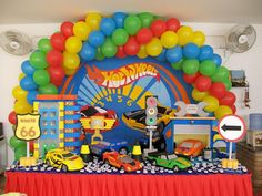 Party Themes | Hot Wheels Party Decoration | Tips Kids Party - Ideas, Themes ... Car Birthday, Hot Wheels Birthday, Birthday Tree, Birthday Cakes, Birthday Ideas, Hot Wheels Cake, Hot Wheels Party, Car Themed Parties, Cars Birthday Parties