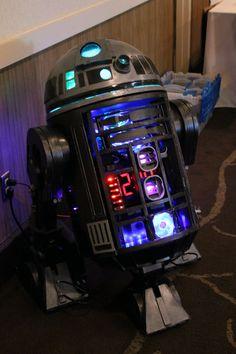 61733f9d1e Incredible Steampunk R2-D2! At Salt City Steamfest 2014! Salt City