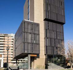 """Edificio El Coigue Arquitectos: """"Rodrigo Larraín Illanes"""" Producto: Paneles Screen   Screenpanel"""