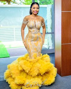 Aso ebi Long Gown Styles 2019 for Female in Nigeria.Aso ebi Long Gown Styles 2019 for Female in Nigeria African Prom Dresses, African Fashion Dresses, African Attire, African Dress, African Outfits, Ghanaian Fashion, Ankara Fashion, African Wear, African Women