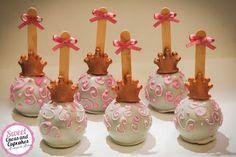 Sweet Cucas and Cupcakes by Rosângela Rolim: Pop Cakes Decorados