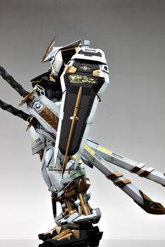 PG Gundam Astray [Gold Frame] - Customized Build Modeled by Suny Buny Cyber Ninja, Astray Red Frame, Starship Concept, Gundam Astray, Gundam Custom Build, Image Model, Aztec Art, Gundam Art, Anime Figurines