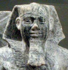 Statue of Sahure.