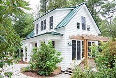 Plan Adorable 3 Bedroom Cottage House Plan with Front and Side Porches Small Lake Houses, Small Cottage Homes, Small Cottages, Cottage Plan, Cute Small Houses, Beautiful Small Houses, Country Cottages, Cottage Kitchens, Cottage Style Homes