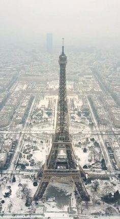 THE BEST PARIS CAPTIONS FOR YOUR TRAVEL INSPIRATION