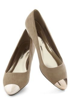 really want the metallic cap toe flats, these tan suede with gold tips are so pretty