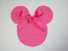 DIY No-Sew Minnie Mouse Applique - Iron On. $2.25, via Etsy.