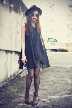 Add black tights to winterize your dresses and finish with chunky boots #FashionInspo #FashionIdeas