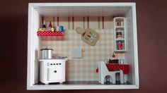 Nicho de cozinha, feito em madeira MDF, pintado com tinta PVA,miniaturas de madeira mdf pintadas e envernizadas,diversos papéis, biscuit,tecidos,etc.