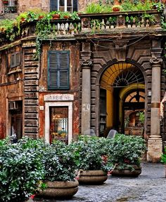 Cool Italy Vacation: 26 Places in Italy You Must to See Places In Italy, Oh The Places You'll Go, Places To Visit, Italy Holidays, House Doors, Italy Vacation, Italy Trip, Vacation Spots, To Infinity And Beyond