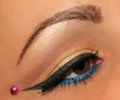 Candy Eye Makeup http://www.makeupbee.com/look_Candy-Eye-Makeup_35161