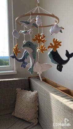 Mobiles En Crochet, Crochet Mobile, Kids Wall Decor, Baby Decor, Nursery Decor, Baby Crib Mobile, Baby Cribs, Whale Mobile, Hanging Crib