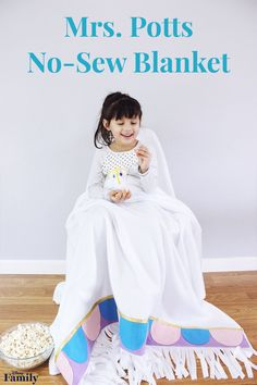 Be our guest and get cozy with this Mrs. Potts-inspired no-sew blanket! It's perfect for those chilly days spent on the couch watching your favorite Disney movie. Disney Diy, Disney Crafts, Summer Diy, Summer Crafts, No Sew Blankets, Disney World Food, Sewing Class, Getting Cozy, Disney Family