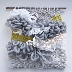 Remember that diamond pattern #tutorial I shared? Well it's at the bottom of this fluffy weave. A hidden surprise