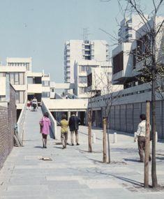 Thamesmead, 1971