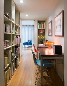 Home Office in narrow space
