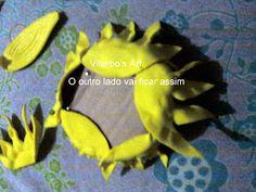 Flores em E.V.A. / PET / Meias de Seda: Girassol em e.v.a passo a passo Paper Flowers, House, Satin Flowers, Sunflower Art, Church Flower Arrangements, Masha And The Bear, Paper Sunflowers, Plants, Floral Arrangements