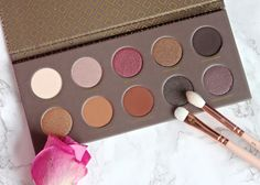 flutter and sparkle: Zoeva Cocoa Blend palette review and swatches - another must-have neutral palette?