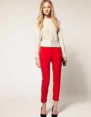 i don't think i have the balls to rock bright red pants, but i still like them. :)